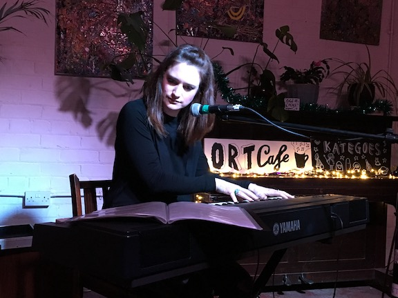 danielle_cawdell_ort_cafe_lores